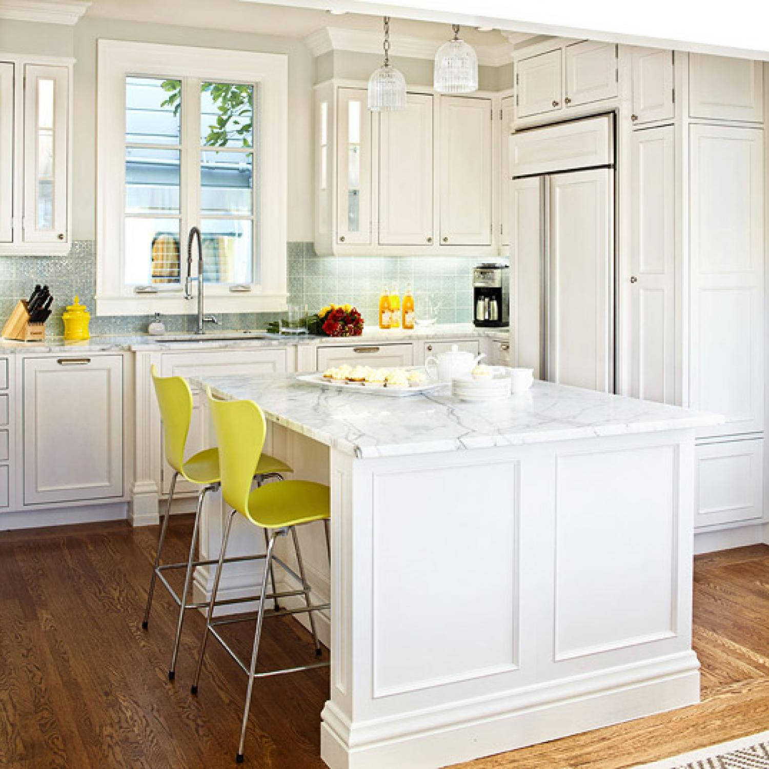 10x10 White Kitchen Cabinets Design Ideas For White Kitchens Traditional Home