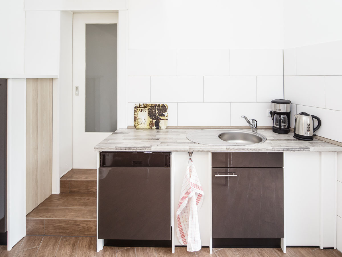 Miniküche Mit Kühlschrank Und Herd : Kleine küche mit herd und kühlschrank darf herd neben kühlschrank