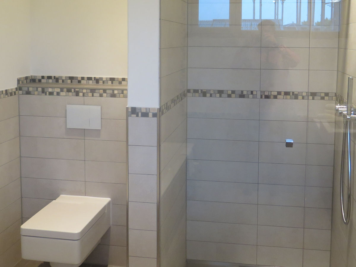 Grundriss Badezimmer Mit Begehbarer Dusche | Ferienwohnung ...