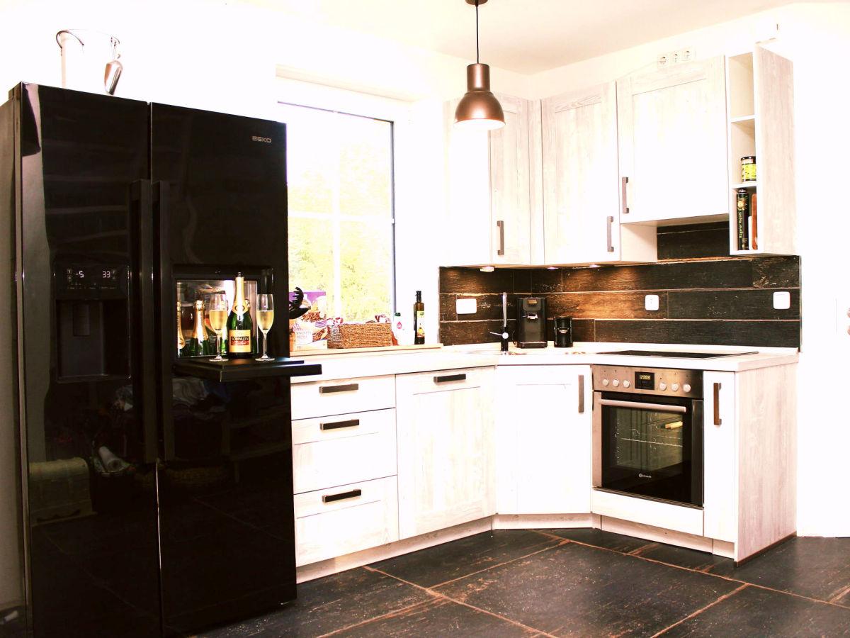 Küche Mit Side By Side Kühlschrank Integriert : Side by side kühlschrank in küche integrieren küche mit side by