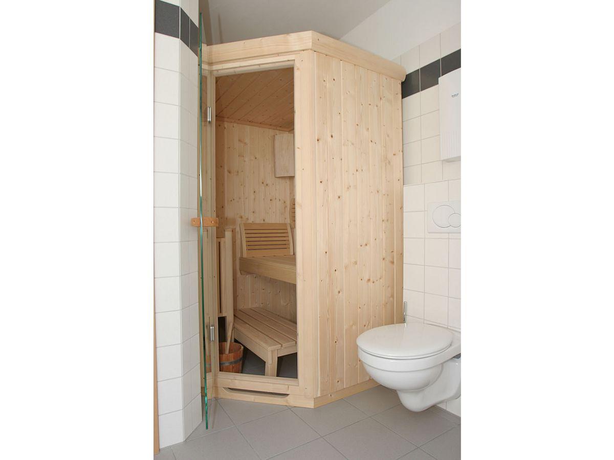 Sauna Badezimmer Integrieren | Sauna Im Badezimmer Mit Freistehender ...