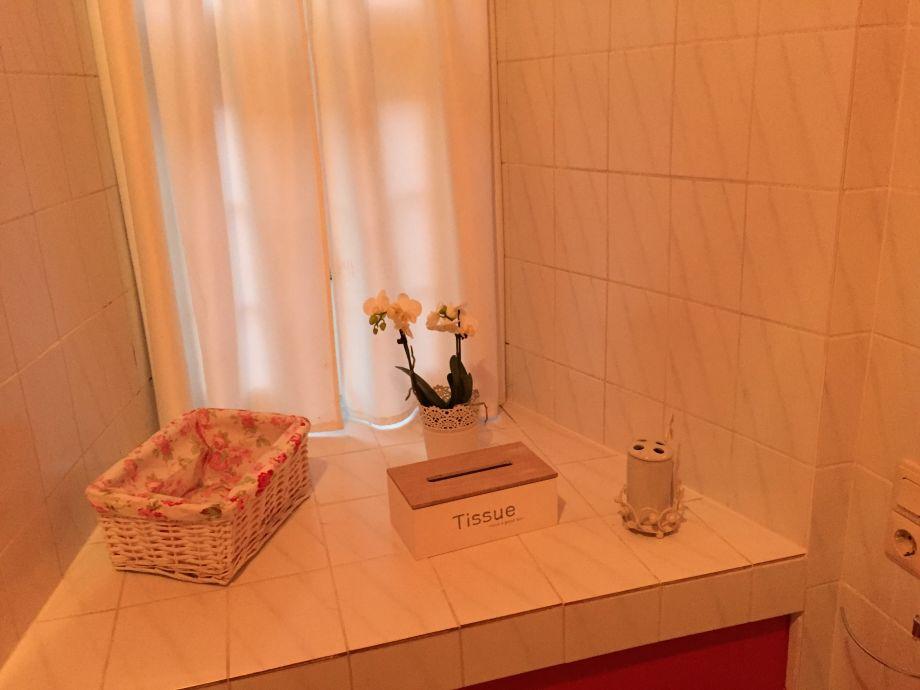 Ferienwohnung Schloß Adolphsburg, Sauerland - Firma Ferienwohnung - badezimmer schloss