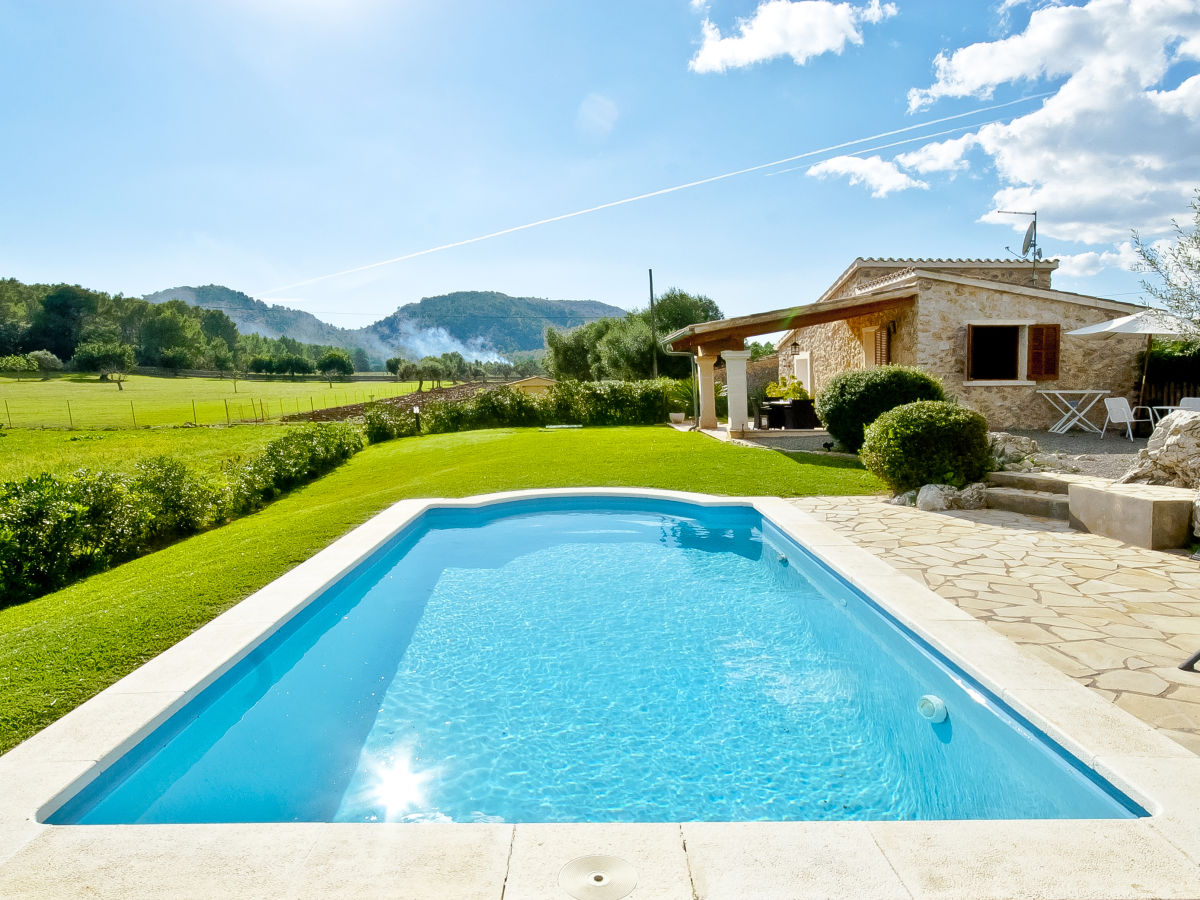 Pool Im Garten Pflichten Finca Can Xavi Alcudia Firma Bellmon Real Estate Agency S L