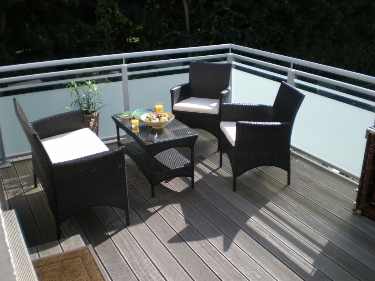 Rattan Sitzecke Balkon Rattan Set 4tlg Mit Glastisch Grun Garnitur