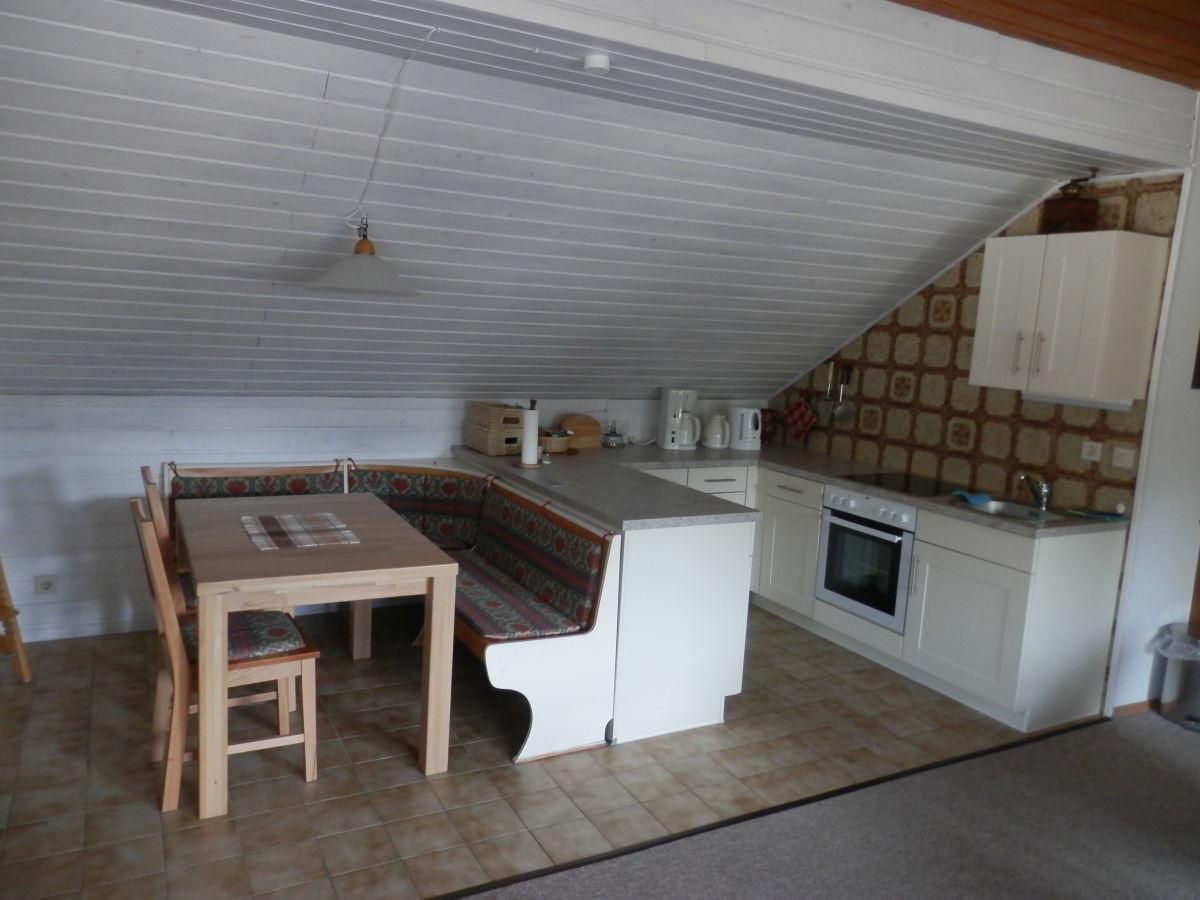 Kuche Im Dachgeschoss Einrichten Wohnzimmer Einrichten