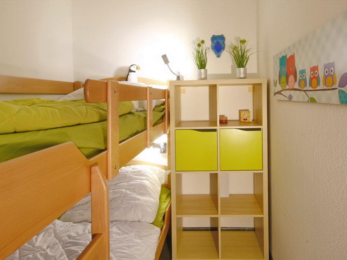 Etagenbett Kleines Kinderzimmer : Kleines kinderzimmer mit hochbett einrichten