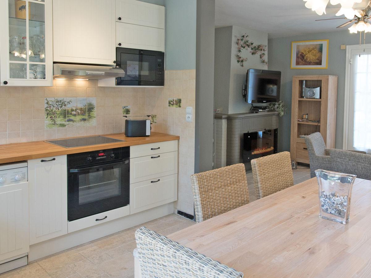 Side By Side Kühlschrank Freistehend : Moderne küchen mit side by side kühlschrank hocker im frühstücks