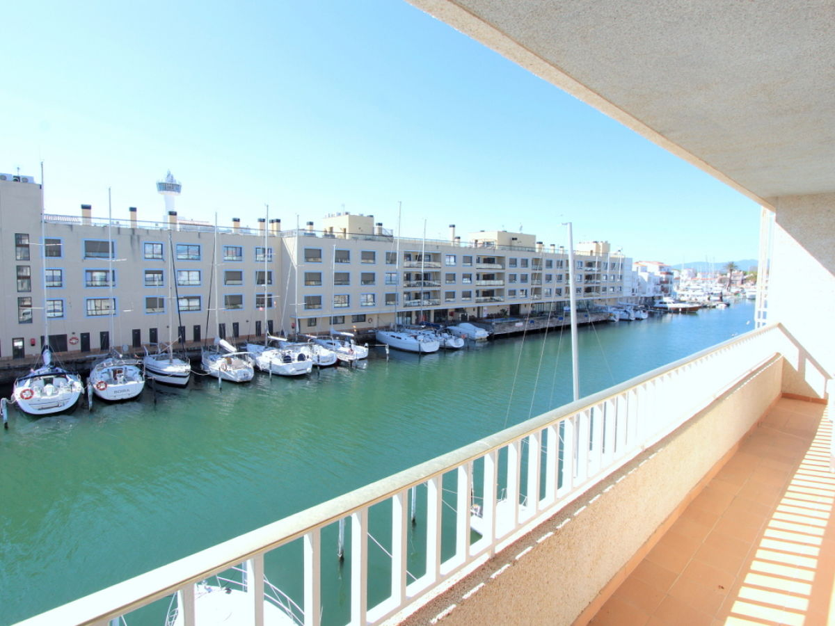 Ausziehbett Leon Apartment Port Moxo 73 2 B 10955 Empuriabrava Costa