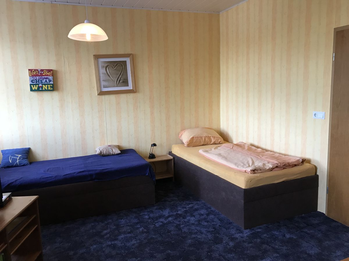 Schlafen Im Wohnzimmer   Schlaf Und Wohnzimmer In Einem Raum
