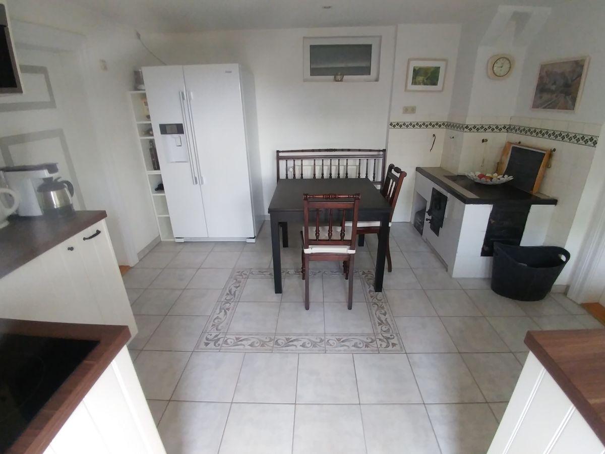Kleiner Kühlschrank Wohnzimmer | Ferienwohnung Apartment Quotkleiner ...