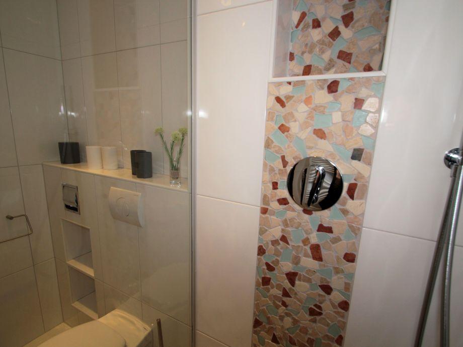 Latest Neues Bad Einbauen Kosten Innen Und Mbel Inspiration Badezimmer Qm  With Haus Entkernen Kosten
