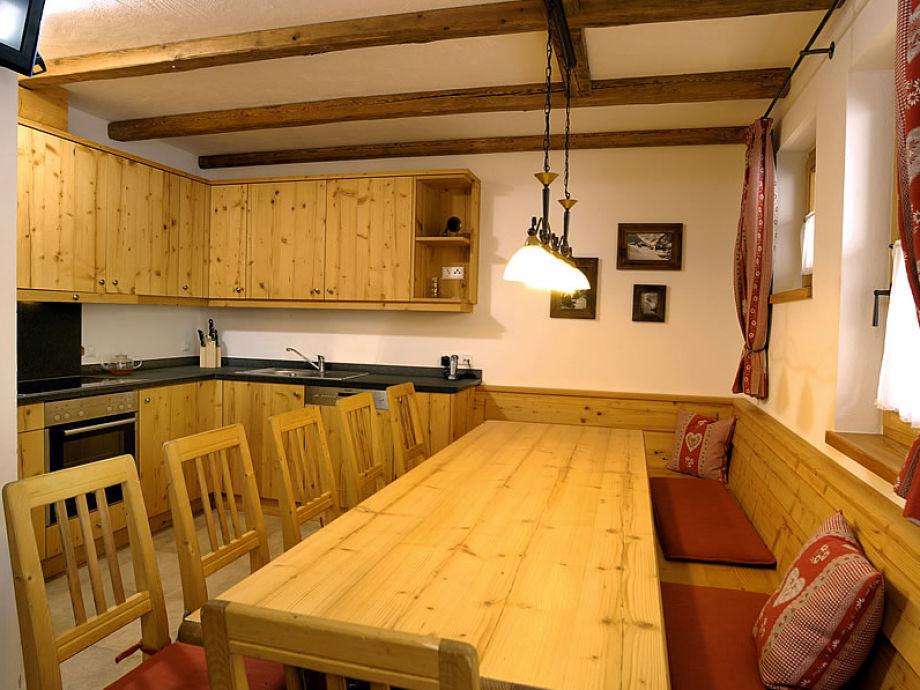 Skihütte Chalet Lang in Hochkrimml für 12 Personen, Zillertal - esszimmer 12 personen