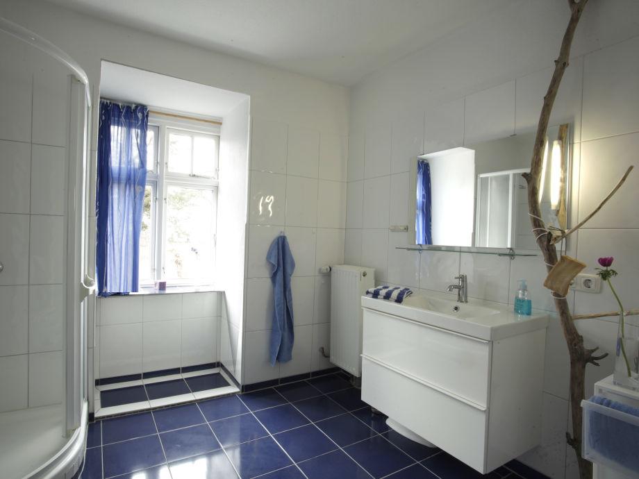 Badezimmer Blau Free Moderne Deko Idee Bescheiden Bad Von Ideas