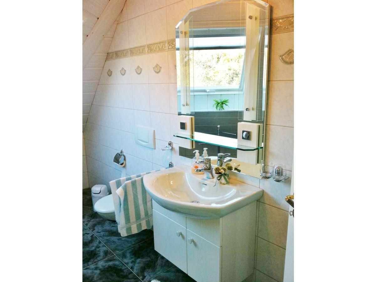 Badezimmer Grün | Badmöbel Waschbecken Badschrank Badezimmer Einrichtung