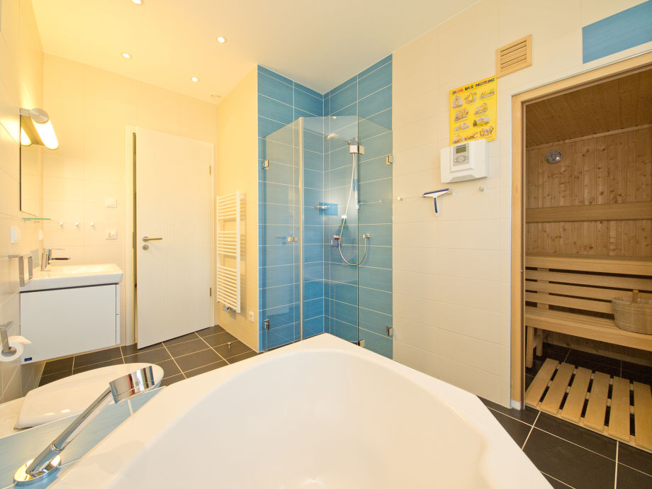 Badezimmer Mit Sauna ~ Innenarchitektur und Möbel Inspiration - badezimmer mit sauna