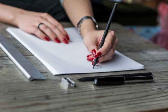 1 in 7 college students pay people to write essays - writing essays in college
