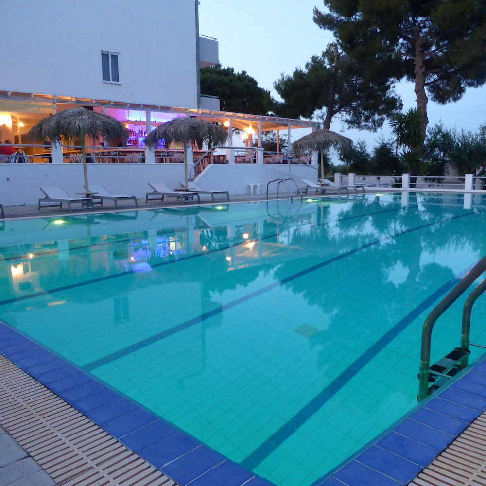 Cash Pool Leipzig Blue Nest Kos Grc Great Rates At Expedia Ie