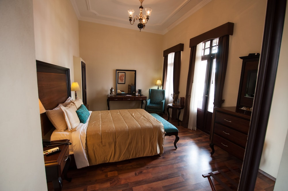 Hotel Morales Historical Colonial Downtown Core In Guadalajara Hotel Rates Reviews On Orbitz - Hotel Rates History