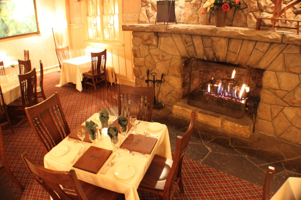 The Historic Summit Inn In Uniontown Hotel Rates Reviews On Orbitz - Hotel Rates History