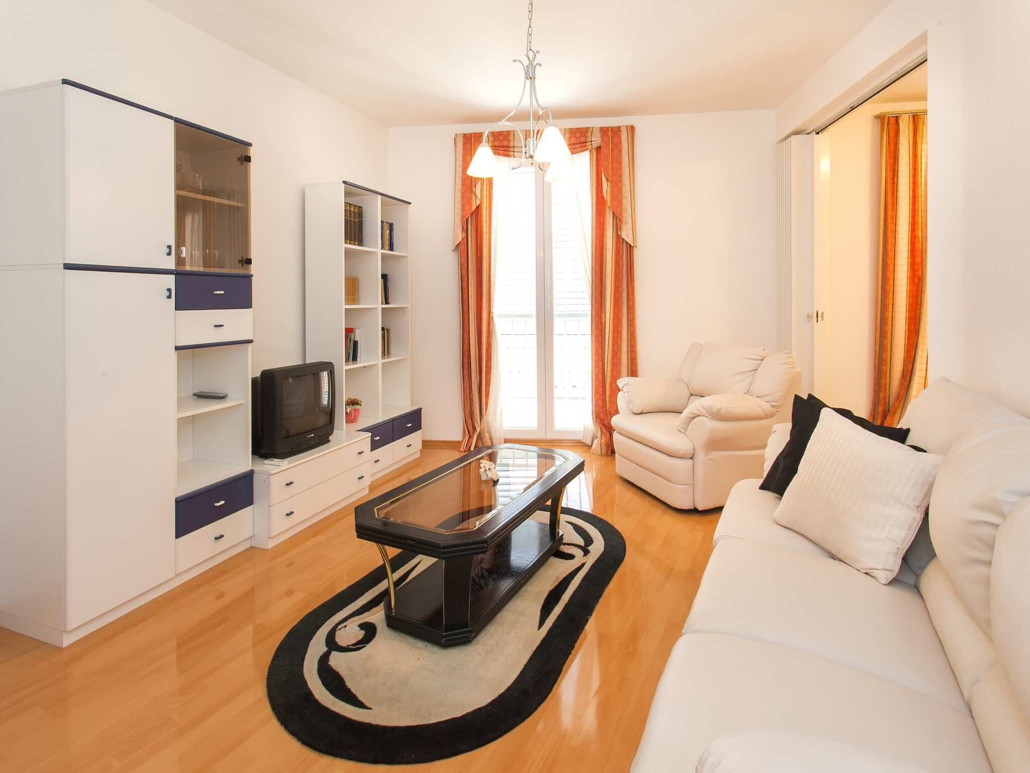 Comfortable 3 Bedrooms Apartment With Balcony Best Traveller S Choice In Zadar Expedia