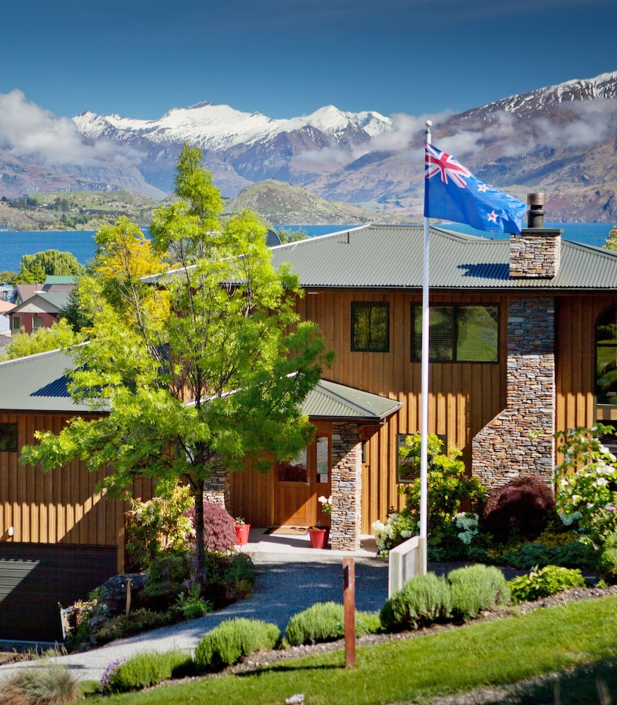 Hotel Il Caminetto Canazei Booking Wanaka Springs Lodge Wanaka Nzl Expedia Au