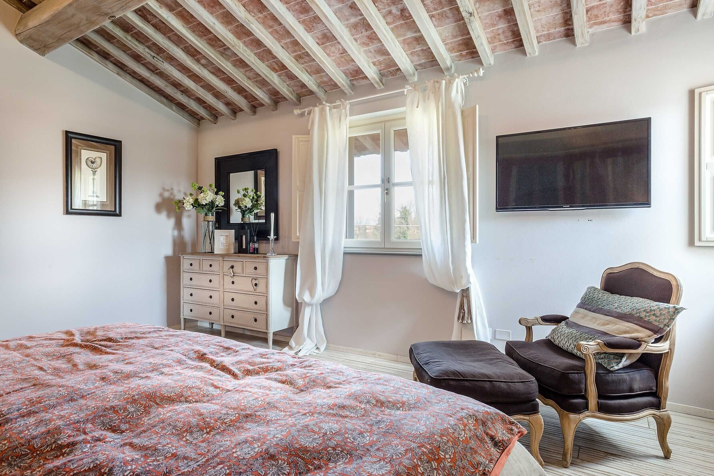 Schlafzimmer Bei Otto Villa Otto Luxury Tuscan Farmhouse With Private Pool Close To Lucca Pisa Pistoia, Castelfranco Di Sotto: Hotelbewertungen 2021 | Expedia.at