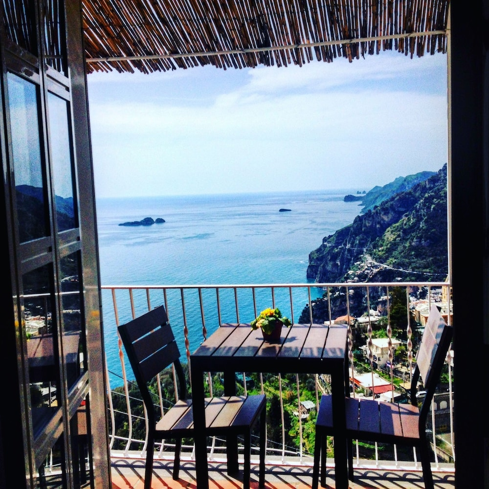 Bed And Breakfast Leigh On Sea Bed Breakfast Mamma Rosa In Positano Hotel Rates Reviews On