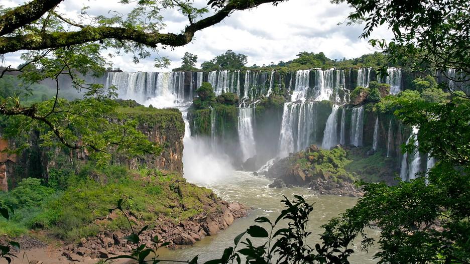 Iguazu Falls Wallpaper Foz Do Iguacu Vacations 2017 Package Amp Save Up To 603