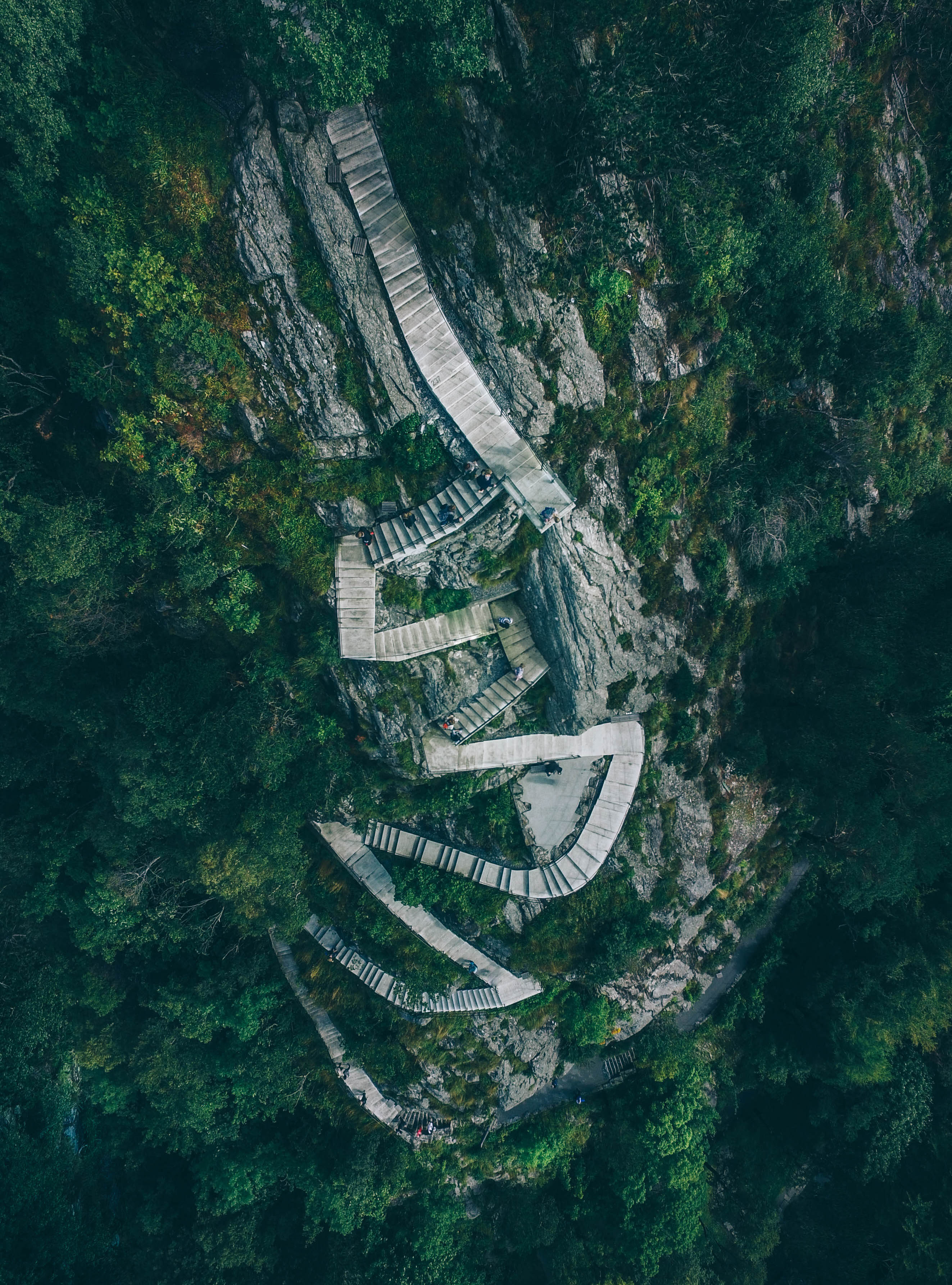 Iphone 5 Mountain Wallpaper Aerial View Of People Walking Photo By Geran De Klerk