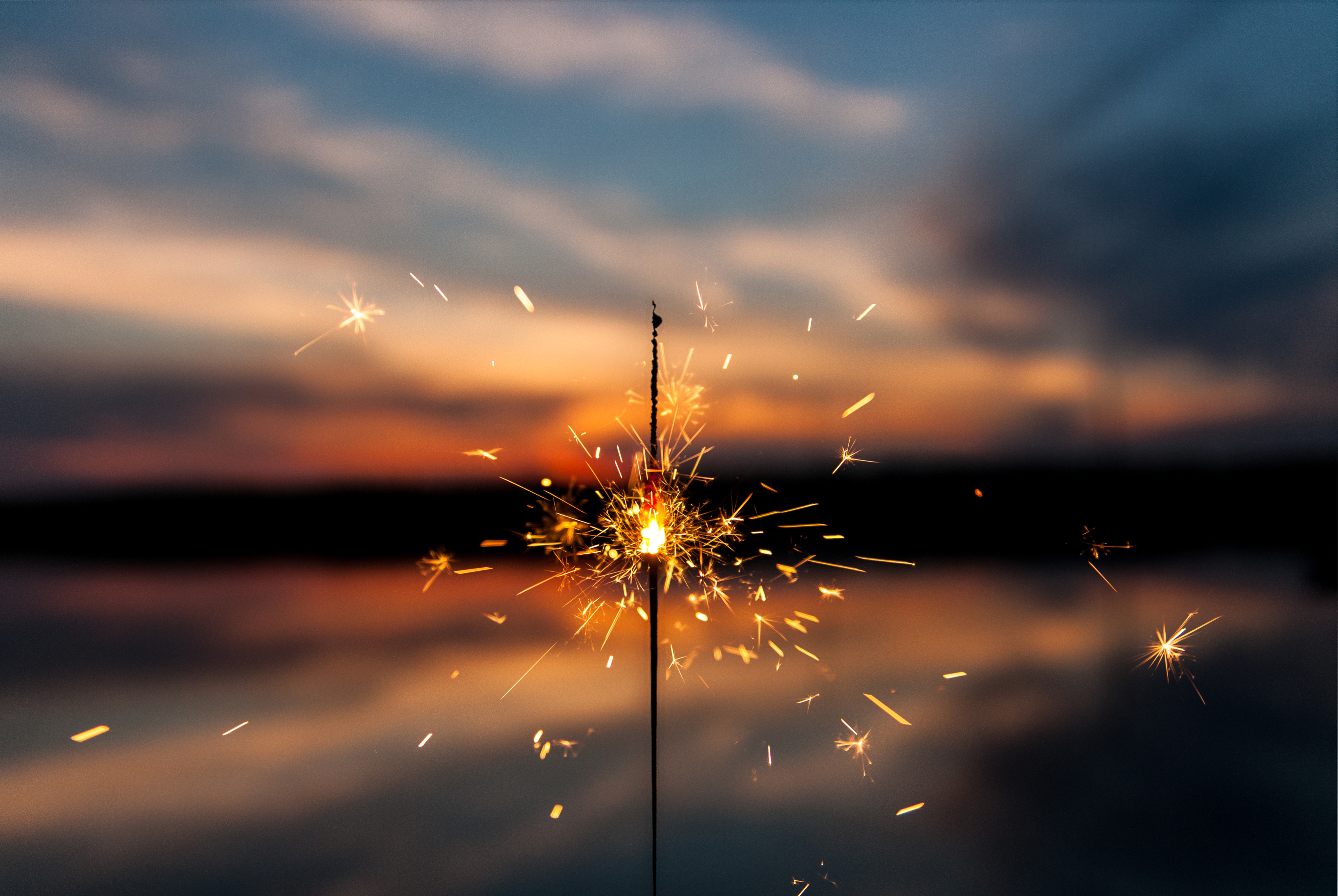 1000 Wallpapers Cute Sparkler Pictures Download Free Images On Unsplash