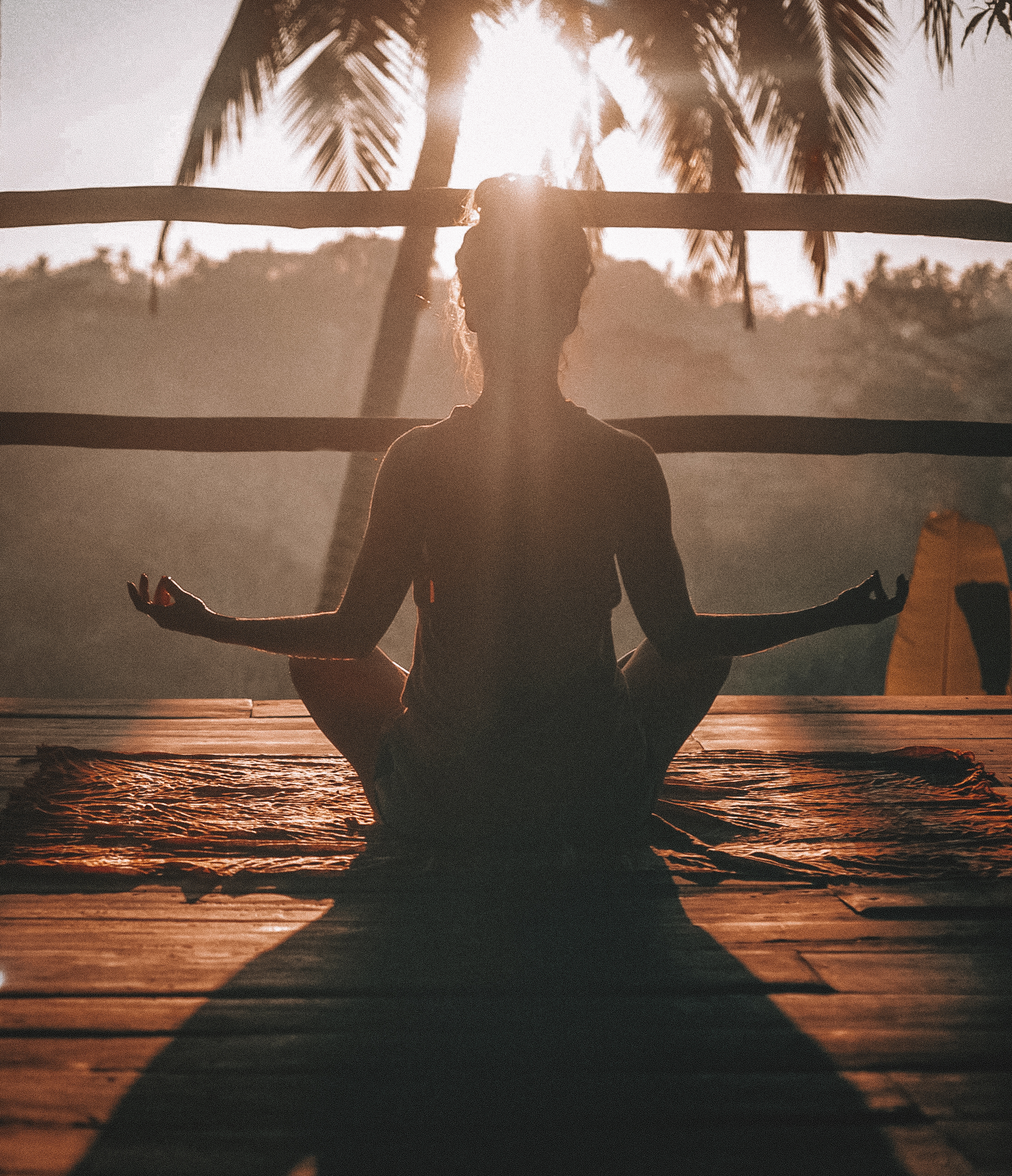Www Alone Girl Wallpapers Com 20 Yoga Pictures Download Free Images On Unsplash