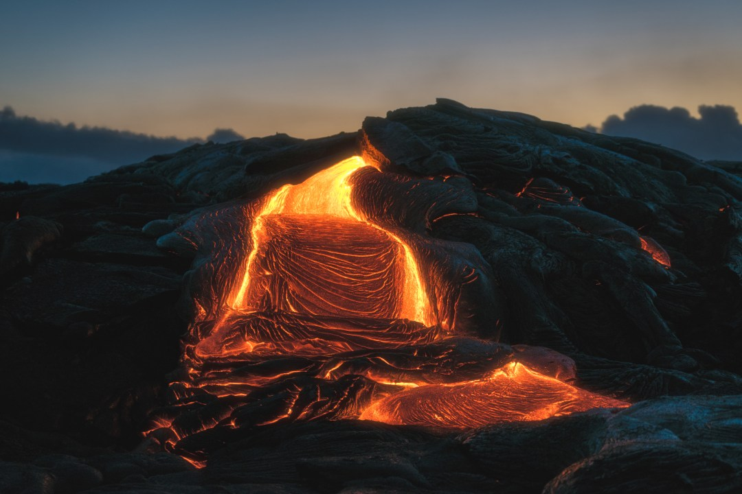 Fall Wallpaper Ocean 100 Volcano Pictures Download Free Images On Unsplash