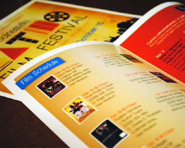 85x11 Half-Fold Brochures UPrinting