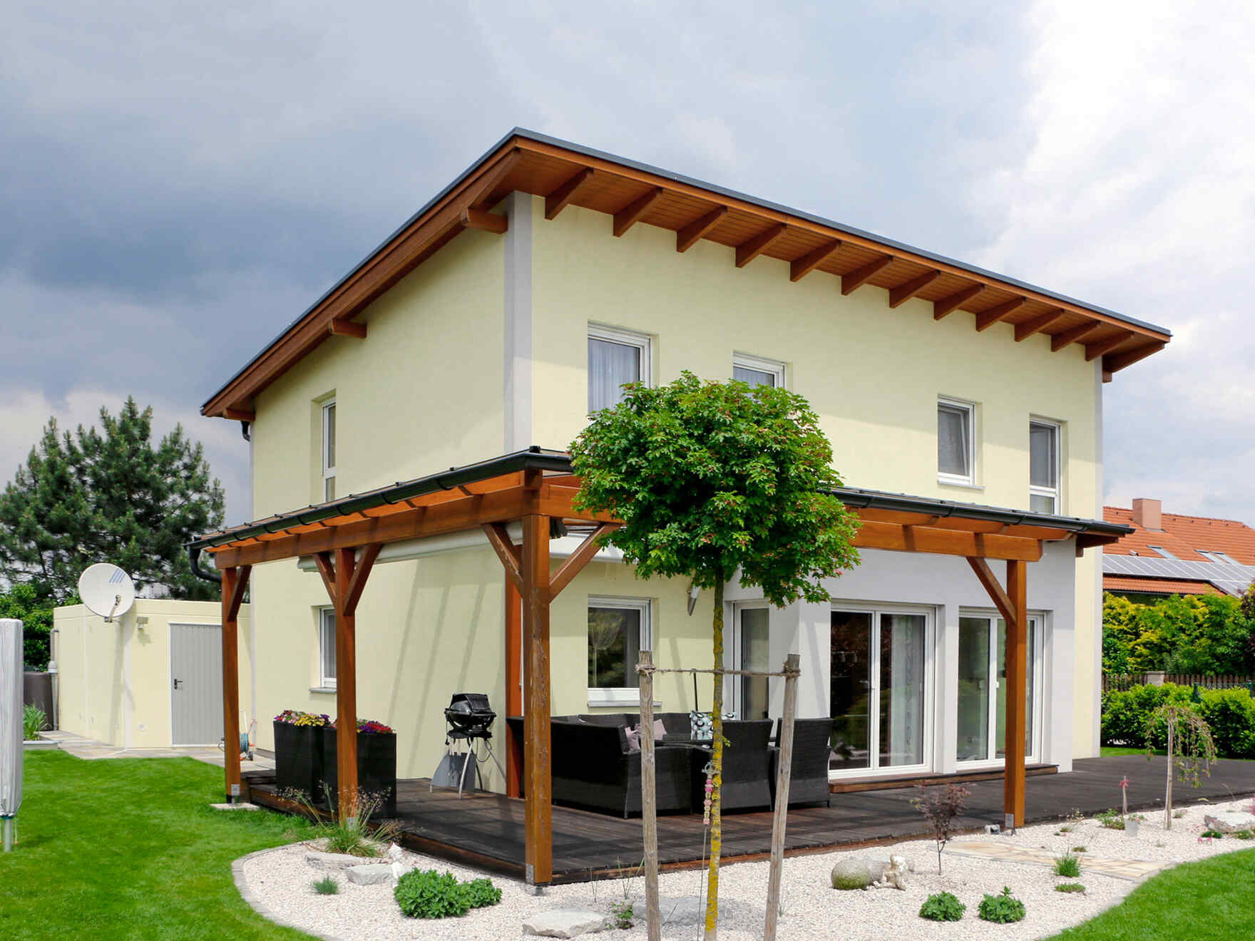 Gruber Massivholzhaus Prefabricated Houses From Vario Haus Gives Your Life A Home