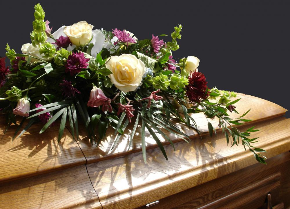 What Does a Mortician Do? (with pictures) - mortician job description