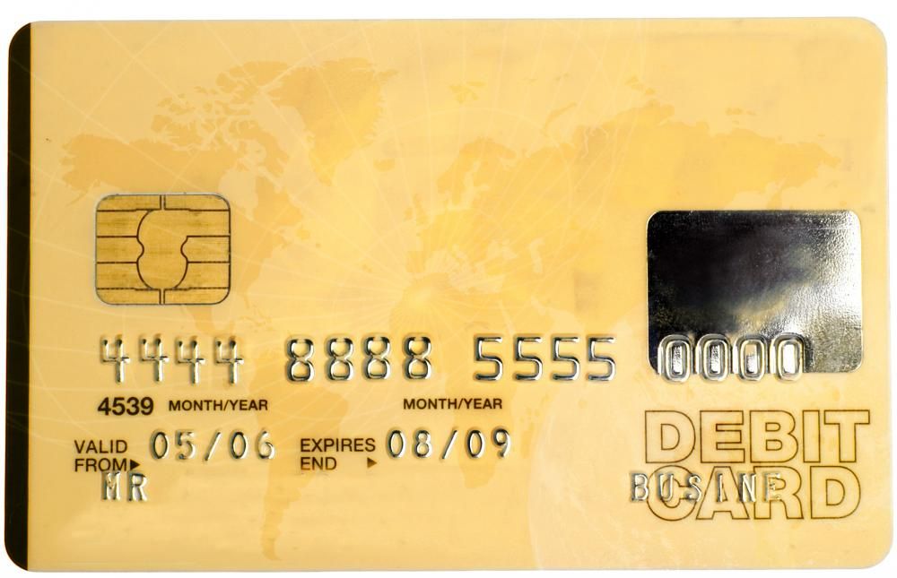 What is the Difference Between Debit and Credit When I Use my Bank Card?