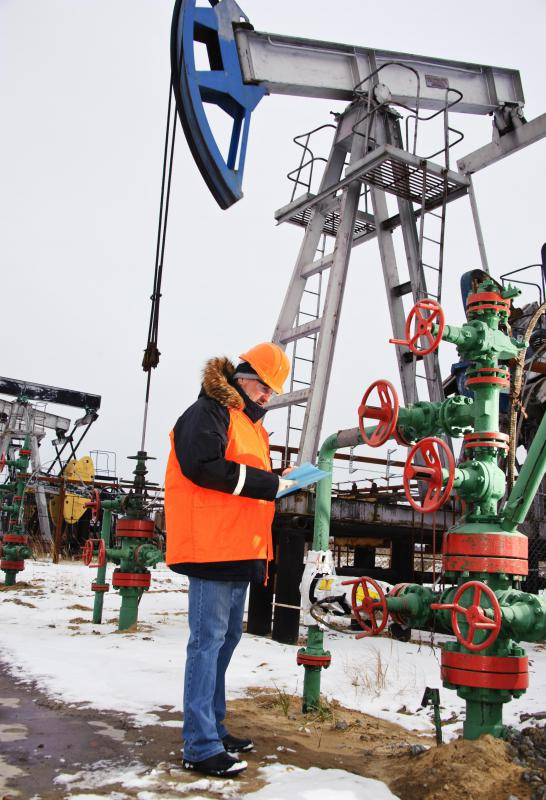 What Are the Different Types of Petroleum Engineer Jobs? - petroleum engineer job description