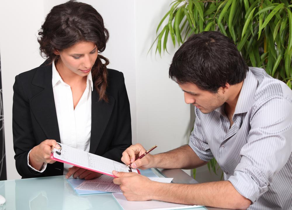 What is a Personal Loan Contract? (with pictures)