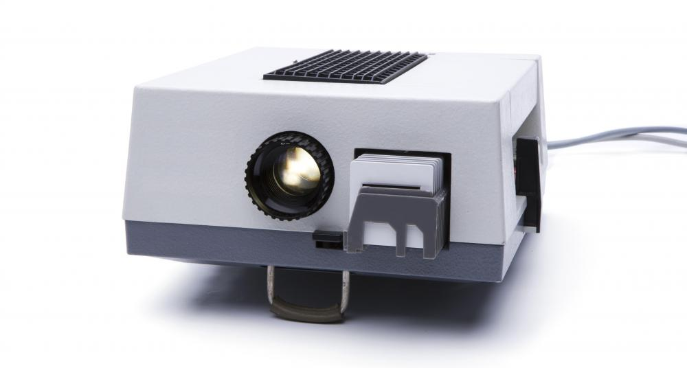 What is a Slide Projector? (with pictures) - presentation projectors