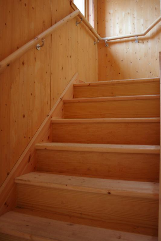 Stair Banister What Is A Banister? (with Pictures)