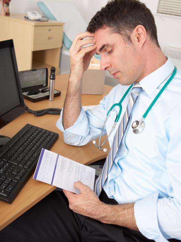 What does a Chief Medical Officer do? (with pictures)