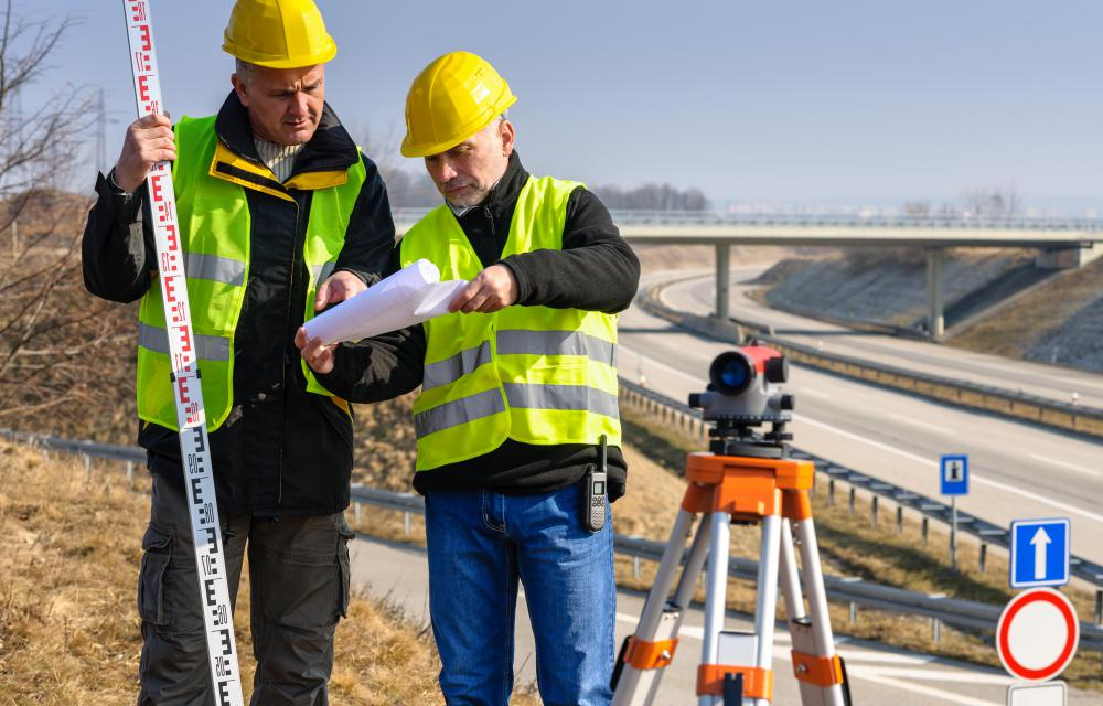What is a Project Surveyor? (with pictures) - building engineer job description