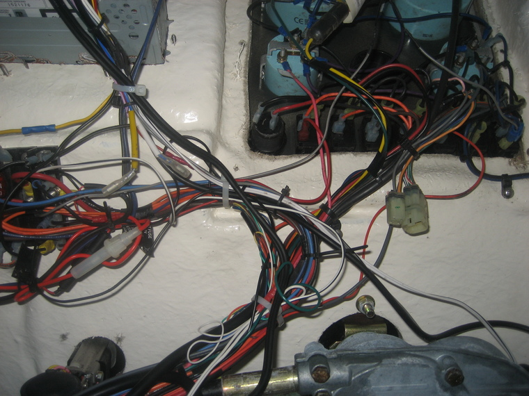 Electrical Rewire-Fuse Panel - Sea Hunt Boats - Owners\u0027 Group