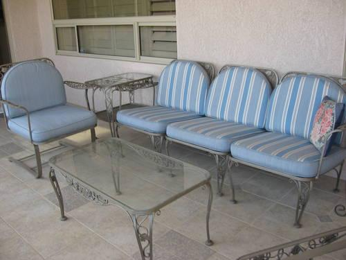 22 Excellent Wrought Iron Patio Furniture Cushions