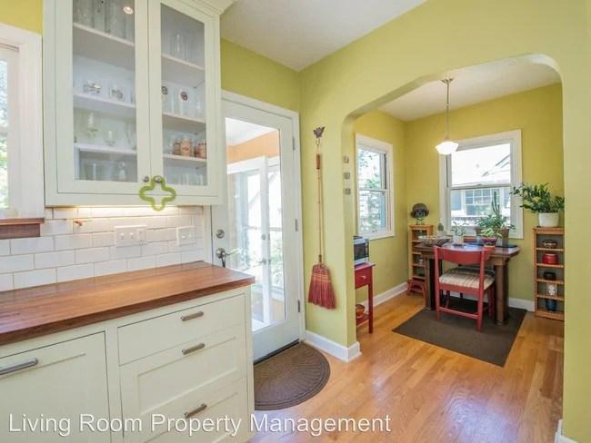 5915 NE 23rd Ave Portland, OR 97211 Rentals - Portland, OR - living room property management