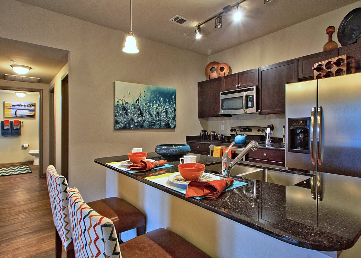 Garage Apartments For Rent Grapevine Tx Enclave At Grapevine