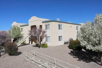 Lifestyles at Renaissance Center Rentals - Albuquerque, NM ...