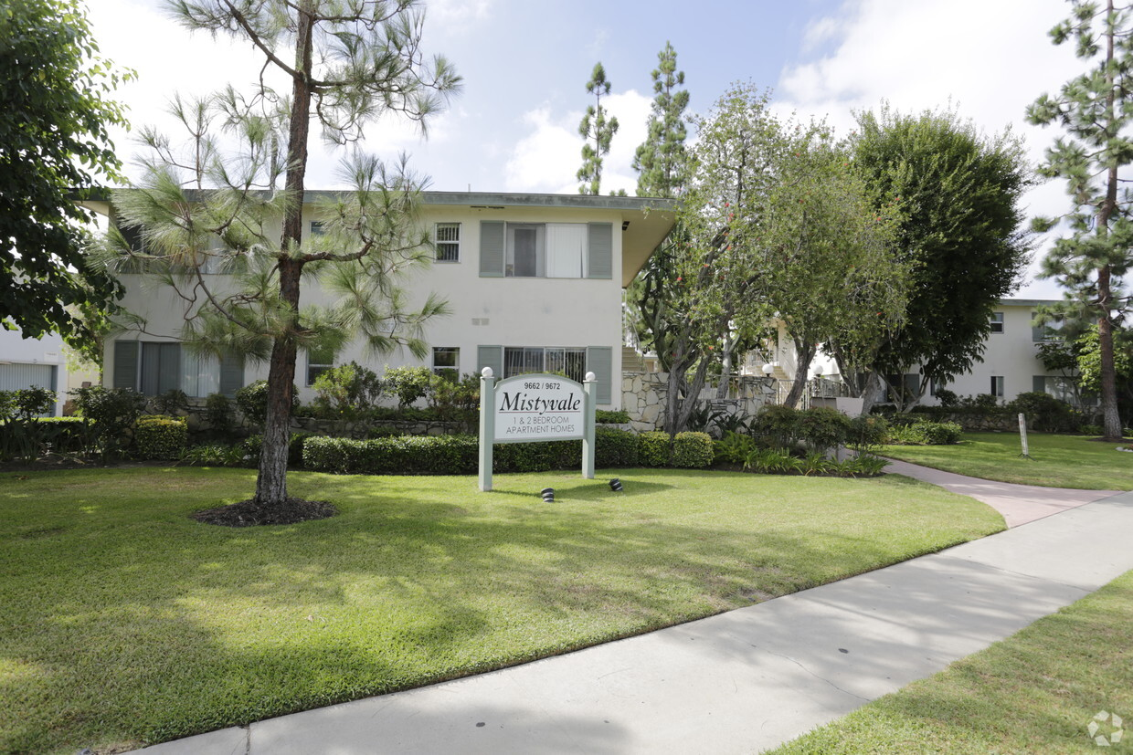 3 Bedroom Apartments Garden Grove Ca 939 Townhouses Available For Rent In Orange County Ca