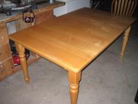 Kitchen Chairs: Maple Kitchen Table And Chairs