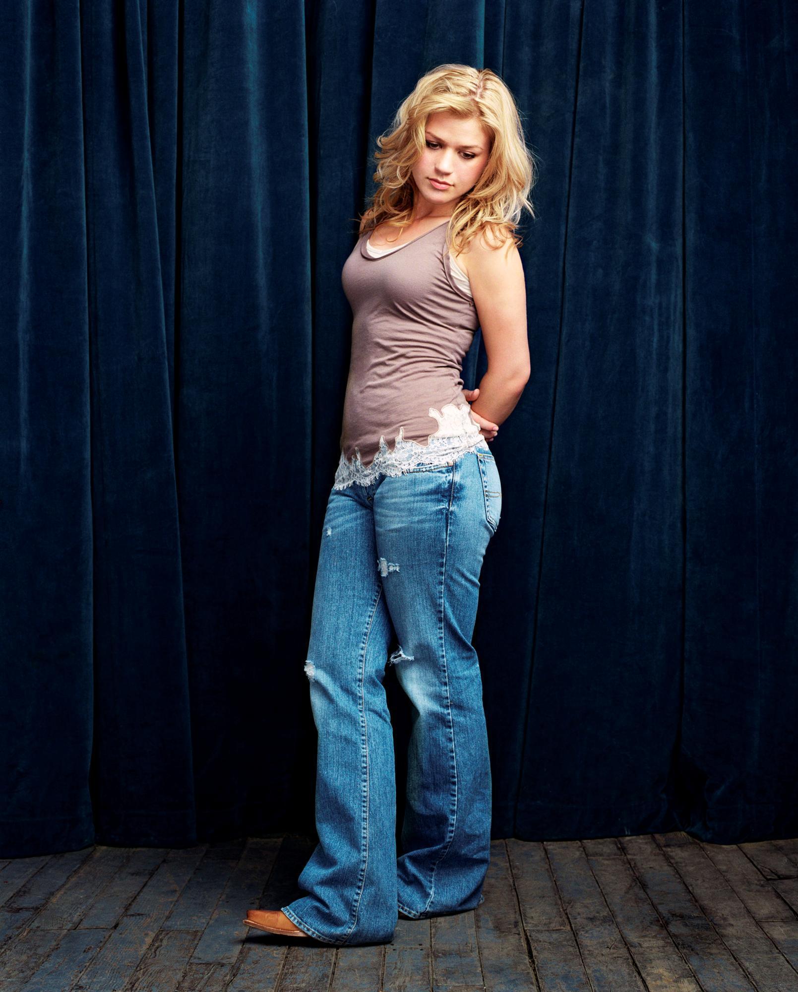 Trucker Girl Wallpaper Kelly Kelly Clarkson Photo 1418885 Fanpop